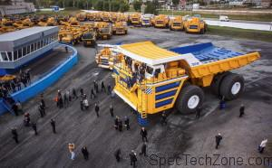 Самосвал БелАЗ 75710