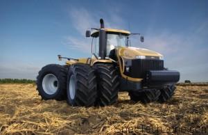 Самый большой трактор в мире фото