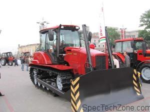 Гусеничный трактор Беларус