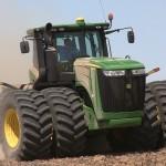 Обзор самых больших тракторов в мире