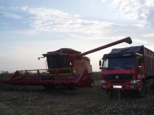 Модели зерноуборочного комбайна Полесье