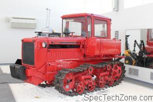 Гусеничный трактор ДТ-75 ДМ