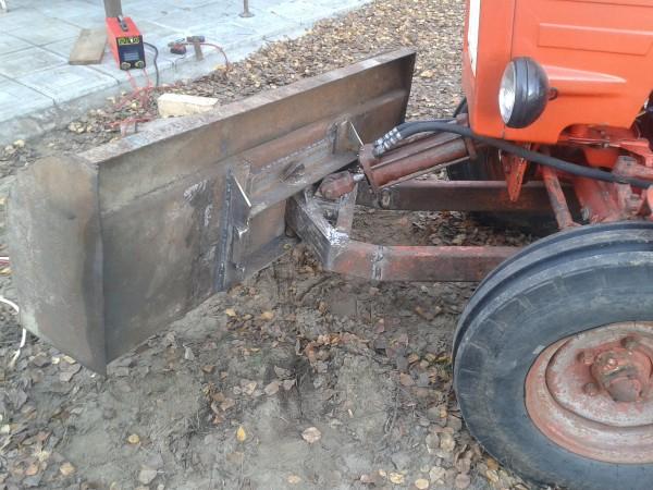 Самодельная лопата на минитрактор
