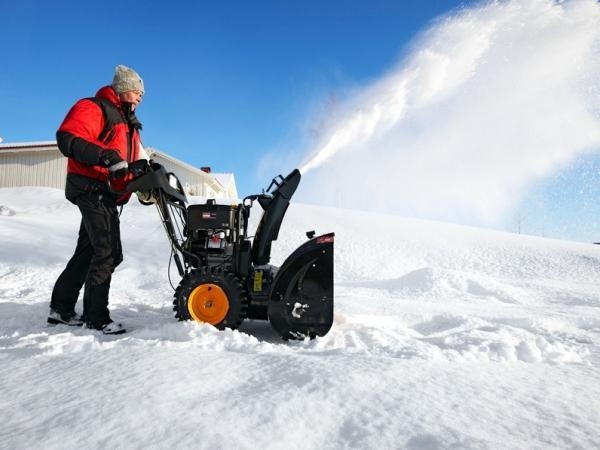 Снегоуборочная машина для дачи бензиновая