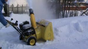Снегоуборщик калибр снбэ 1700