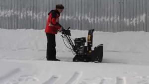 Устройство снегоуборщика чемпион
