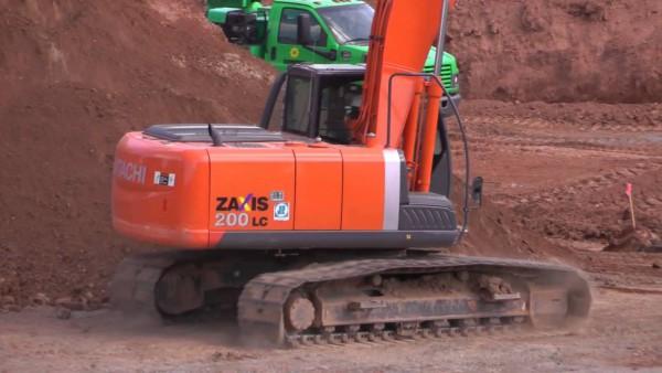 Hitachi Zaxis 200LC