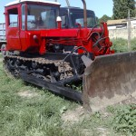 Дизельный трактор