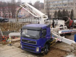 """Автобетононасос Zoomlion на базе """"Volvo"""