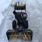 Снегоуборщик Champion ST1086BS перед работой