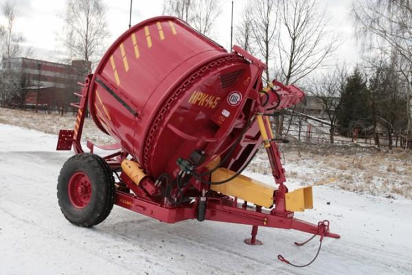 измельчителя рулонов грубых кормов ИРК-145 красный