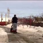 Снегоуборщик MTD M 53 в работе