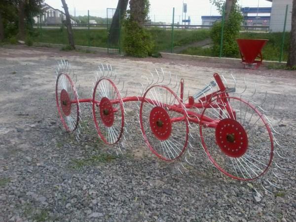 Грабли - ворошилка Солнышко 4 колеса