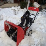 Снегоуборщик MTD 611 D зимой