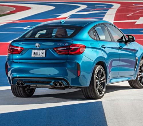 BMW X6 M-po-gonochnoy-trase