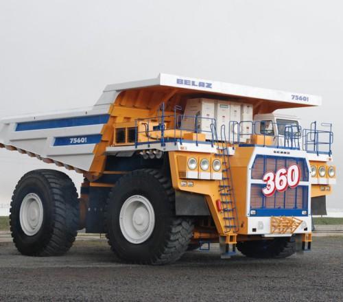 belaz-75601-v-dvizenii