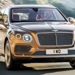 Bentley Bentayga по дороге