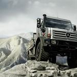 Mercedes Unimog по бездорожью