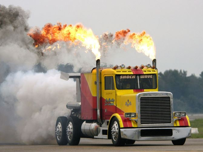 Shockwave самый быстрый грузовик