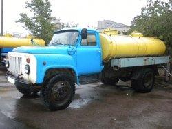 Надежный труженик ГАЗ-53 молоковоз