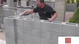 Дешевая и быстрая установка бетонных заборных блоков за короткое время.