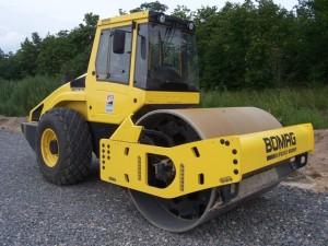 каток  Bomag BW 213 D-4