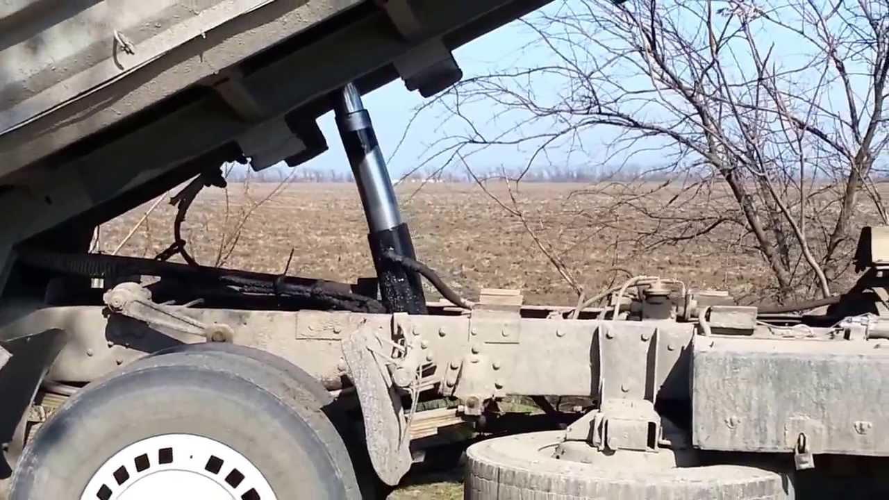 Подъемный механизм кузова самосвала МАЗ-5551