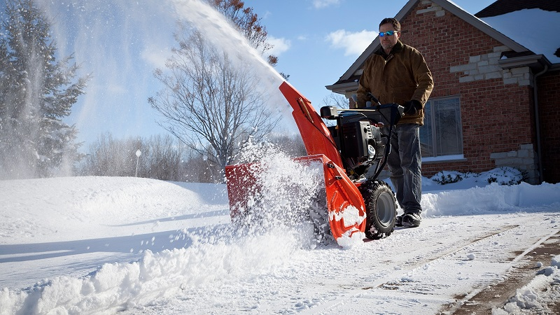 Снегоуборщик своими руками в действии