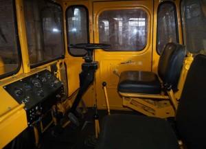 трактор кировец к 701 кабина оператора